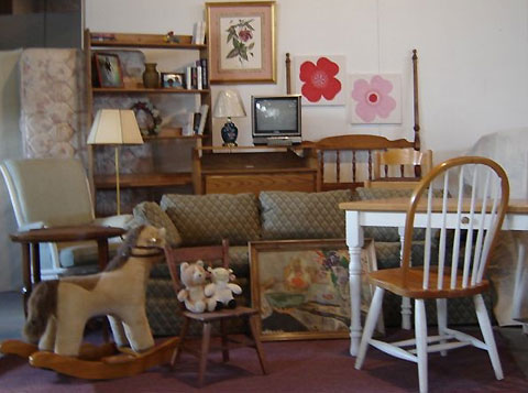 How to Arrange a Salvation Army Furniture Donation Pickup Handy